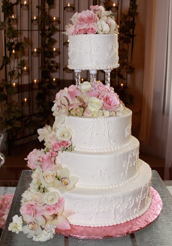 Sweet Cakes and Roses Wedding Florals Cakes and Catering